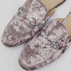 Shoes - NEW NWT blush pink spring slides mules 9.5 10
